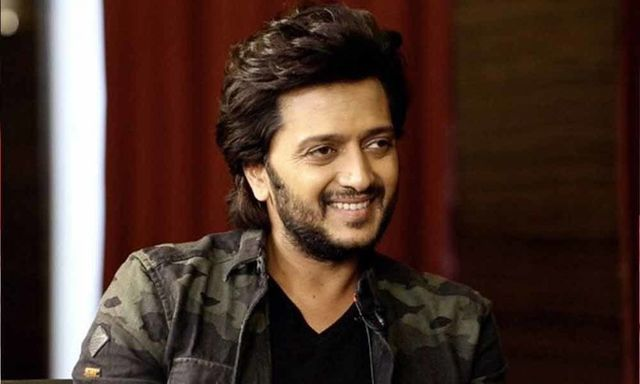 Riteish Deshmukh Hope To Make A Biopic On My Father S Life Riteish Was Interacting With The Media At A Promotion Curly Hair Styles Long Hair Styles Hairstyle