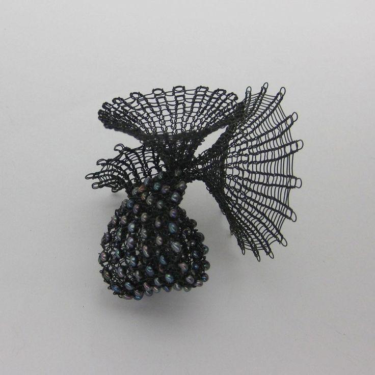 47 best häkeln images on Pinterest   Crochet jewellery, Wire crochet ...