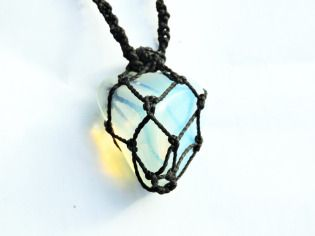 colar-hippie-pedra-da-lua-120101-MLB20251250502_022015-F