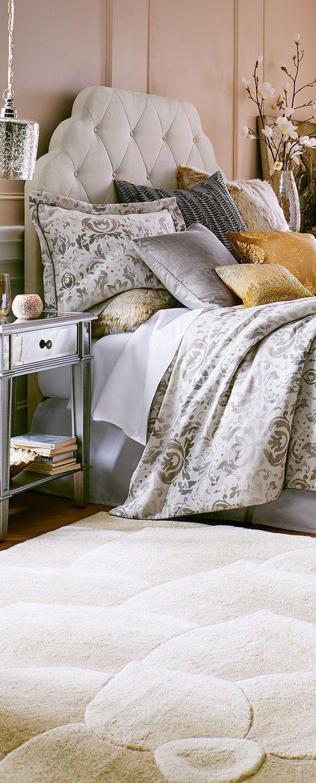 Guest Bedrooms |  Damask Bedding