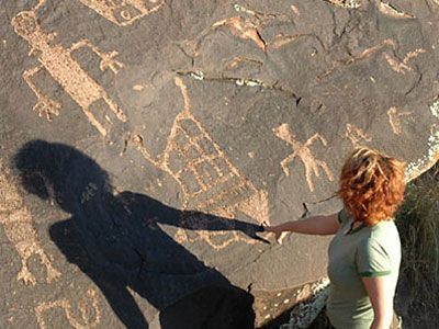 St. George Utah Family Fun - Family Favorite Things To Do.  Ivins Petroglyphs