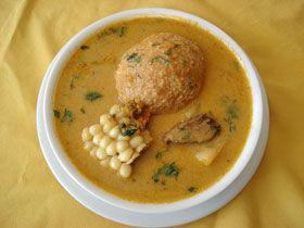 Descubra las delicias de la Comida Ecuatoriana: Receta Caldo de bolas de verde ecuatoriano