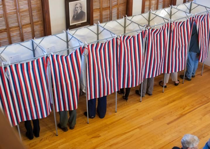 A Poll Tax in New Hampshire State Republicans' insidious new scheme to disenfranchise college students.   The 2016 election was a bittersweet one for the New Hampshire Republican Party. The GOP won unified control of the state government, but Hillary Clinto ...