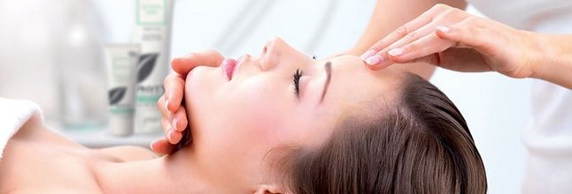 Oasis Beauty Day Spa & Laser Clinic works on 100% natural Phty's products