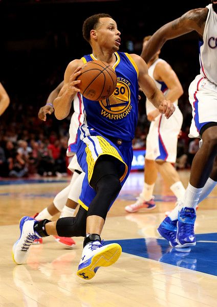 Description of . Stephen Curry of the Golden State Warriors drives against the Los Angeles Clippers at Staples Center on Tuesday, March 31, 2015, in Los Angeles, Calif. (Stephen Dunn/Getty Images)