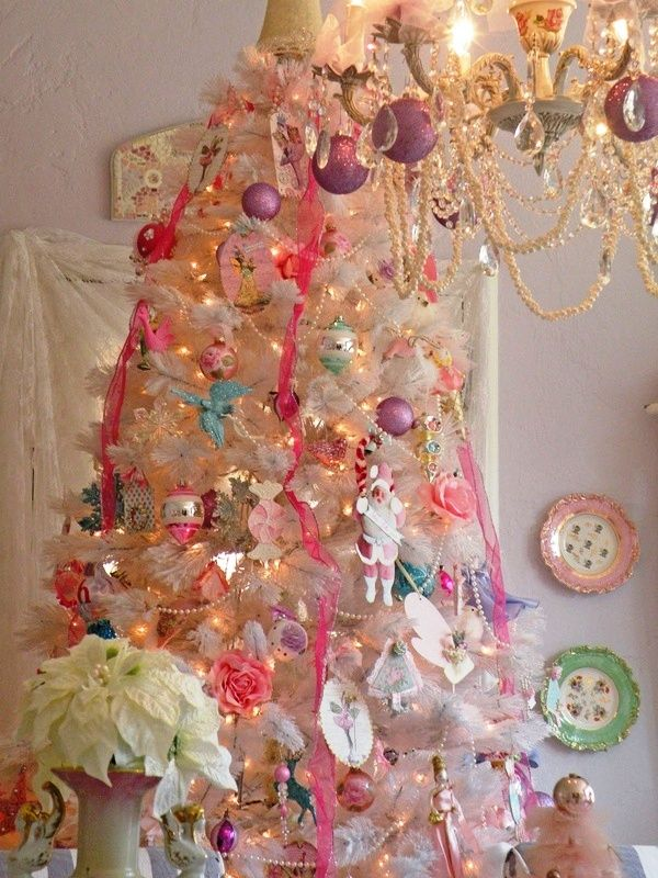 35 Shabby Chic Christmas Tree Decorations Ideas