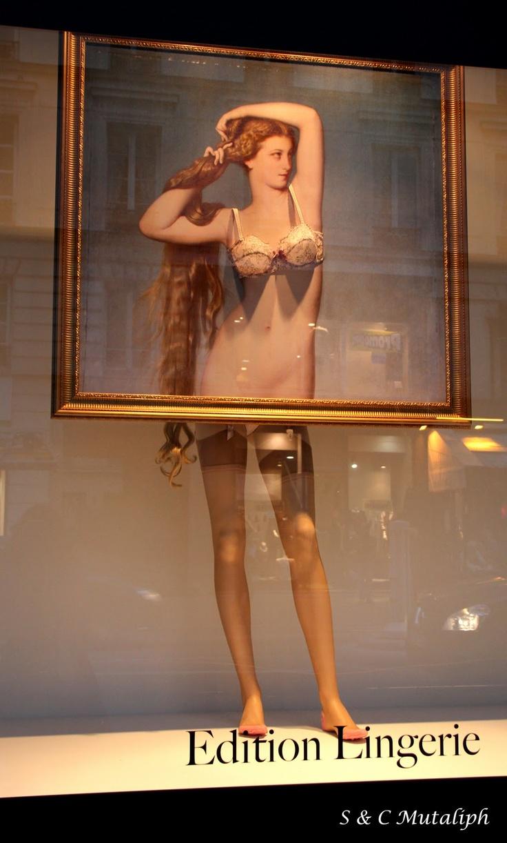 Edition Lingerie window display. #retail #merchandising #mannequin #window_display