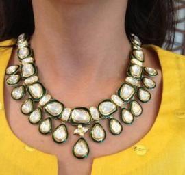 Indian Wedding Jewelry - Polki Necklace with Meenakari work | WedMeGood #wedmegood #polki #kundan #meenakari