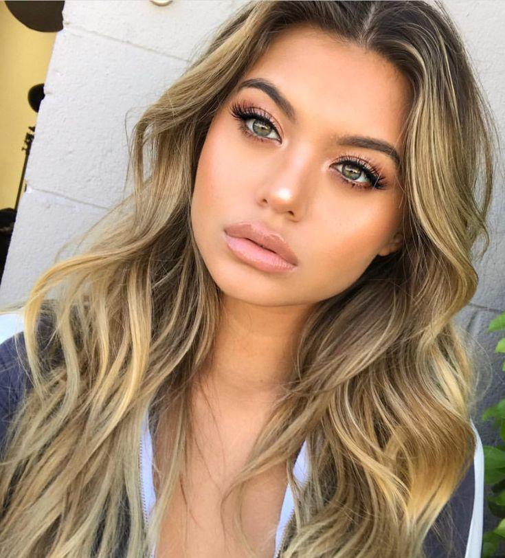 Pinterest: DEBORAHPRAHA ♥️ Sofia Jamora blonde hair color with balayage #haircolor