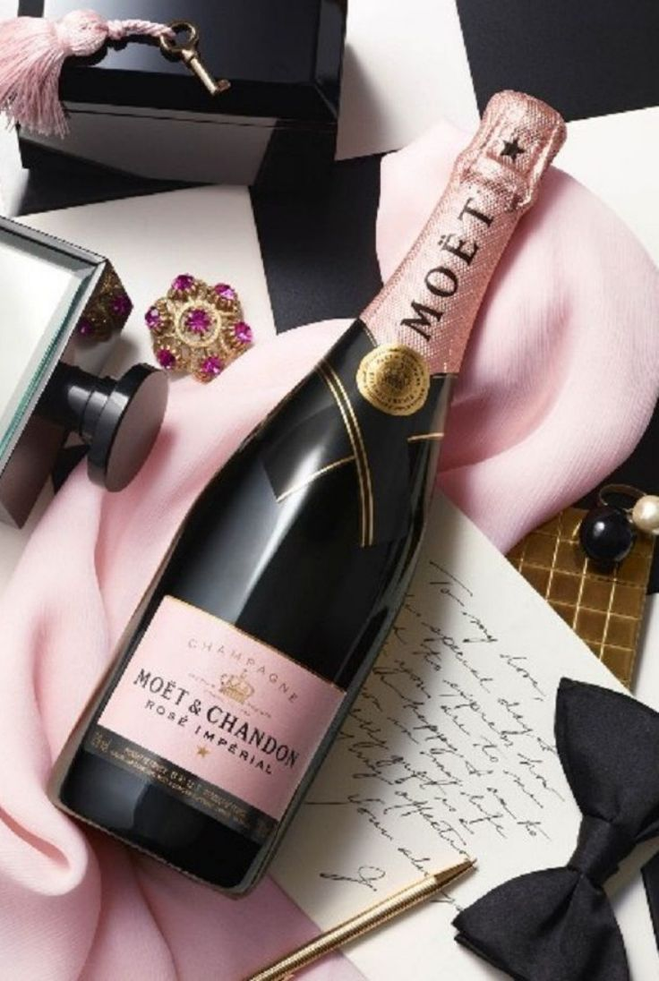 Rose Moet & Chandon