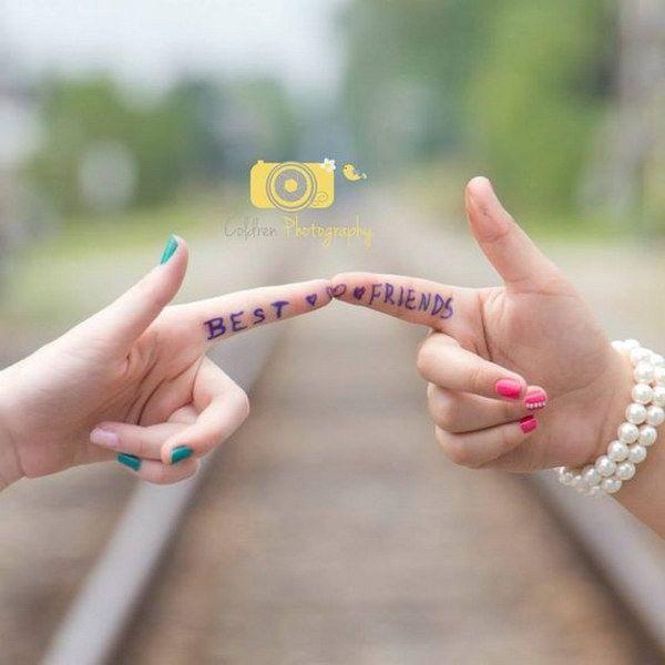 20 Fun and Creative Best Friend Photoshoot Ideas – Annette Schachtner