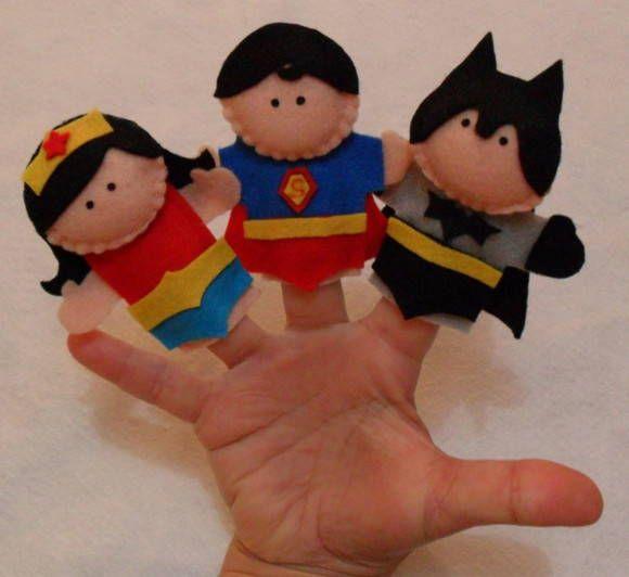 Dedoches - Super Heroi <br>(mulher maravilha, super homeml, batman) <br> <br>R$ 5,00 unidade <br>Valor corresponde a um dedoche é NÃO ao kit <br> <br>Obs. Acima de 30 unidades R$ 4,50 cada
