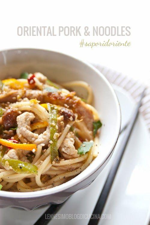 Noodles di kamut con maiale, zenzero e verdure croccanti: un goloso primo piatto dal sapore orientale! #Ricetta
