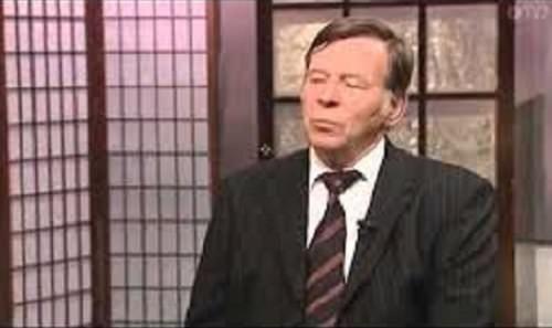Ex Gran Maestro dichiara che i massoni sono adoratori di Satana e muore in un incidente