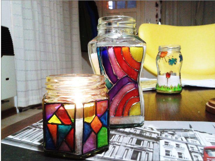 Frascos de vidrio pintados a mano