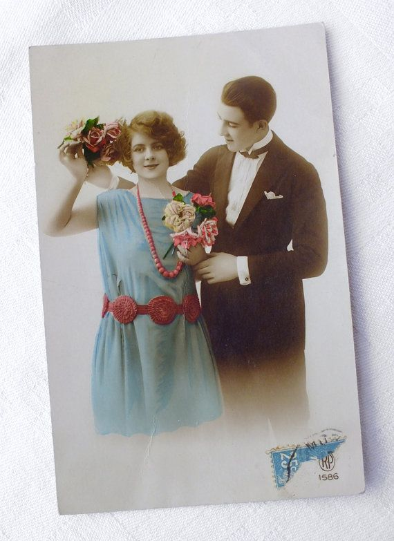 Vintage French Lovers Couple Card  Collectible by goodiesoldies