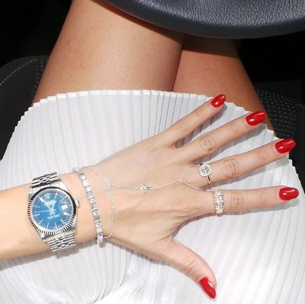 Sydney Fashion Blogger wearing Secrets gold rings and ...