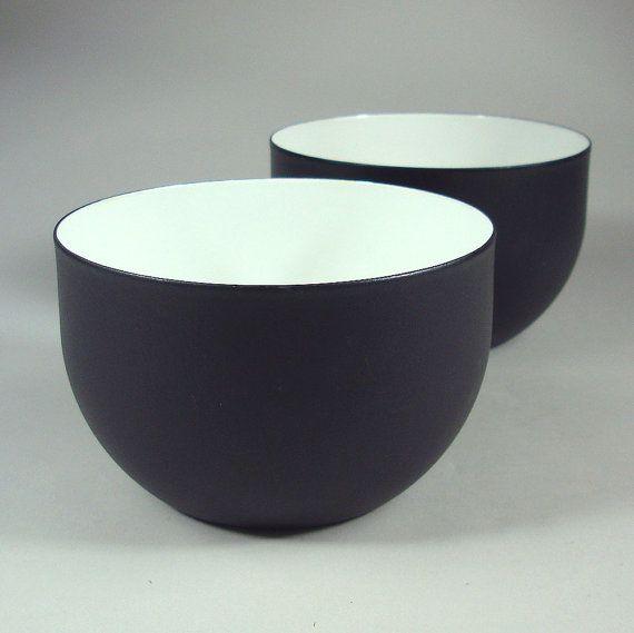 Mid Century Modern Black & White Enamel Bowl - Kaj Franck - Finel, Finland
