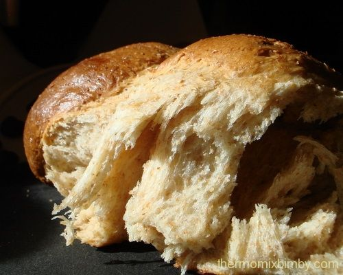 This bread was super easy to make, will definitely be making it again...and again...and again! Easy Thermomix Bread Recipe