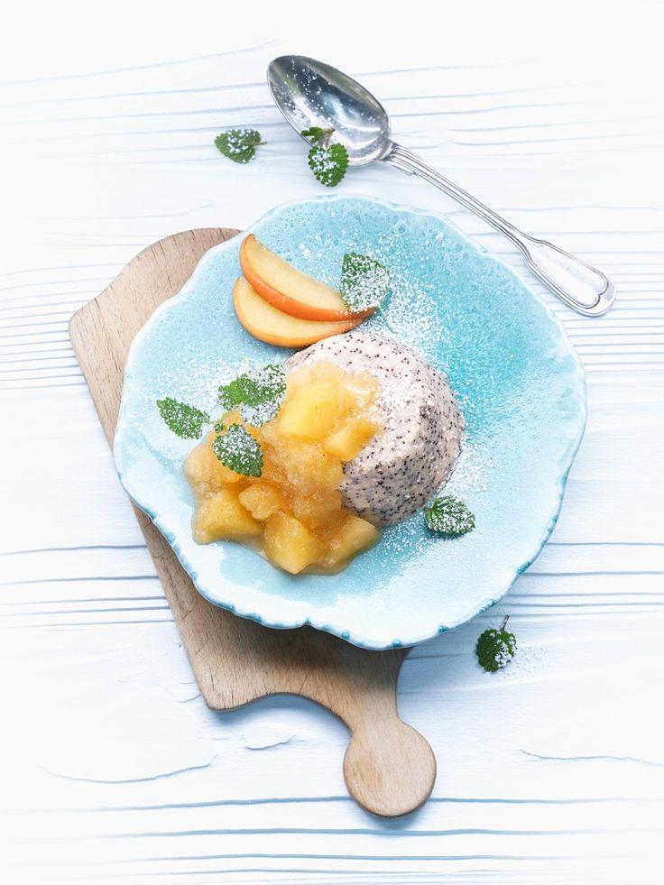 Grießpudding mit Mohn|  Zeit: 30 Min. | http://eatsmarter.de/rezepte/griesspudding-mit-mohn