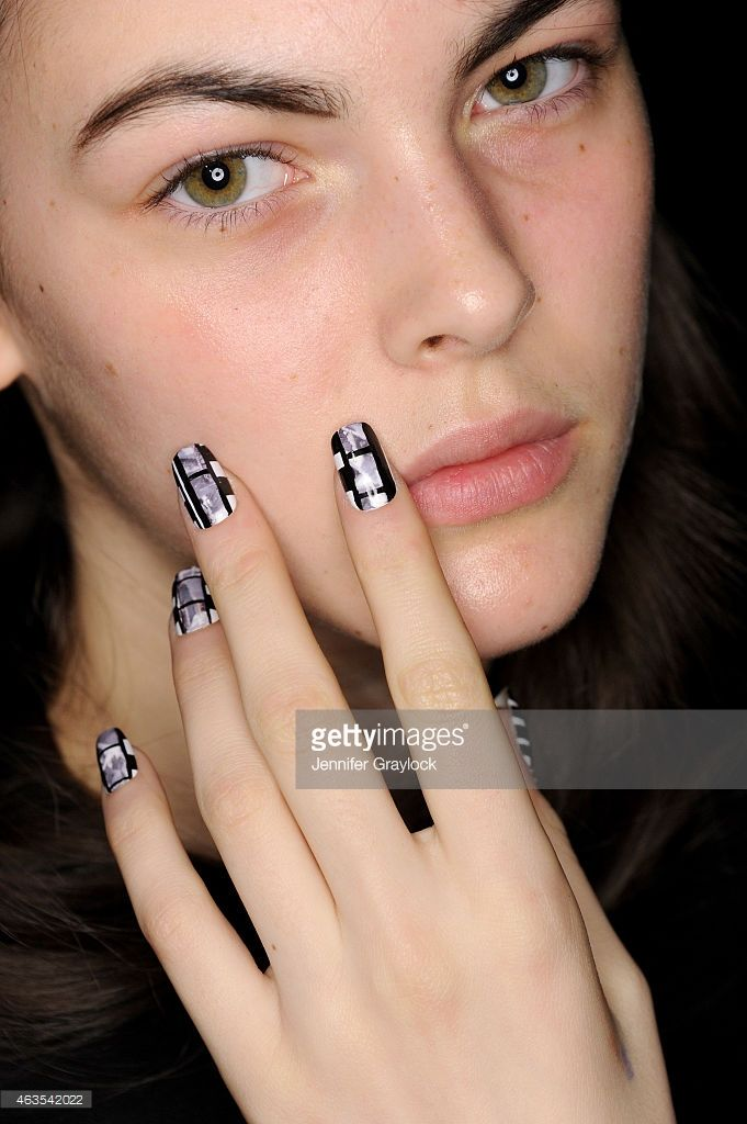 Model poses backstage at CND opening ceremony Fall/Winter 2015 | #NYFW #nails #nailinspo #nailart