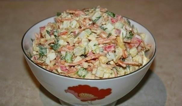 Салат из крабовых палочек с корейской морковкой