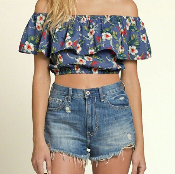 Hollister Floral Ruffle Off the Shoulder Crop Crop top, looks really cute with denim shorts Hollister Tops