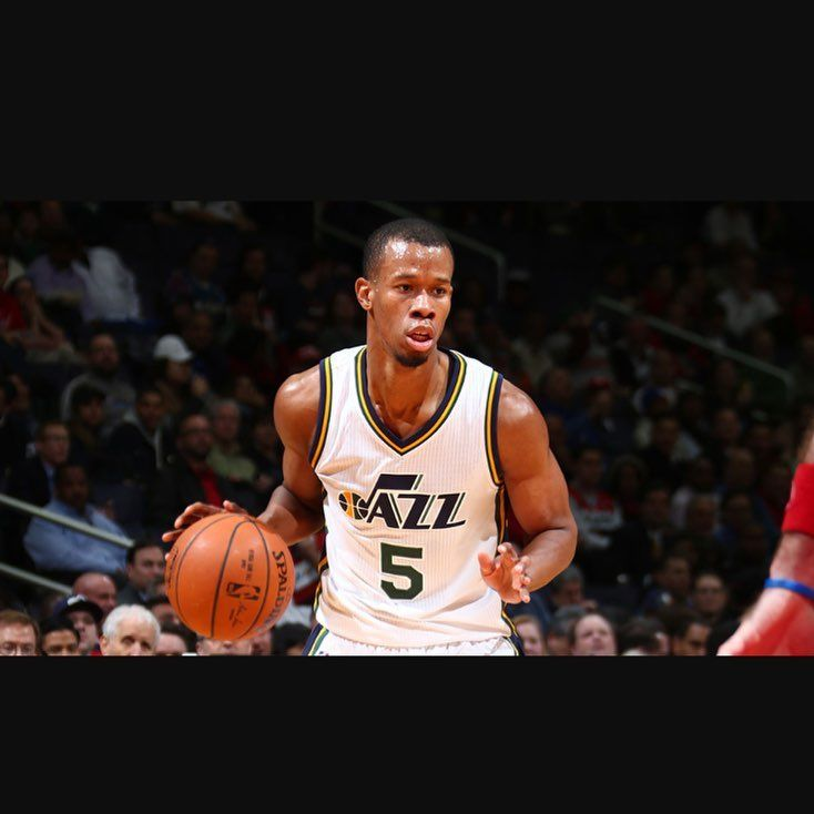 The Jazz and Rodney Hood are discussing a multi-year contract extension, as reported by the Salt Lake Tribune.