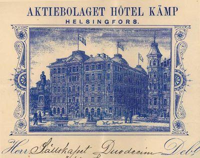Hotel Kämpin lasku. Kuvan litografia on peräisin hotellin käyttämästä laskulomakkeesta (Duodecim-seuran arkisto) - Kämp valmistui v.1887 Pohjoisesplanadin ja Kluuvikadun kulmaukseen. Alkuperäinen Kämp purettiin 1960-luvulla uuden toimistorakennuksen myötä, mutta osia siitä – mm. Pohjoisesplanadin puoleinen julkisivu – rakennettiin kopioina osaksi uudisrakennusta. Hotellitoiminta käynnistyi uudelleen vuonna 1999.