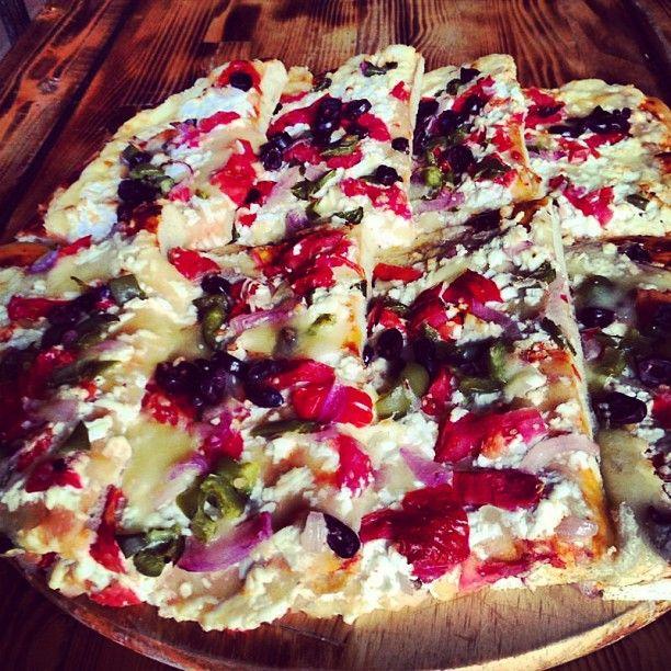 Pizza Square: χρώματα, αρώματα και γεύσεις πάνω σε ενα καμβά ζυμαριού