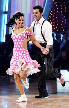 Tony Dovolani and  Melissa Rycroft - Bing Images