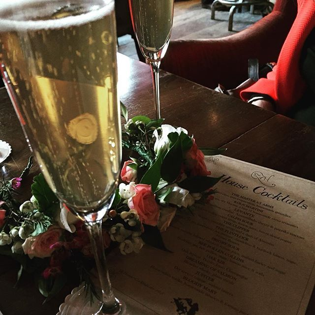 #coventgardenacademyofflowers #weddingflowers #floralheadband #teamsensational #backtoschool