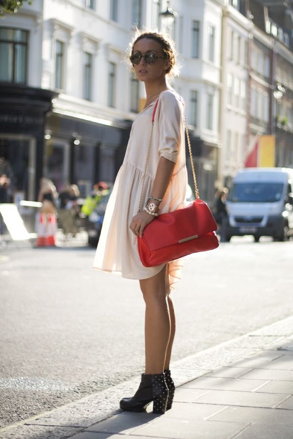 light pink & red.Clothing Heavens, Floaty Dresses, Lights Pink, Flowy Dresses, Ankle Boots, Summer Style, Pink Red, Summer Boots, Red Bags
