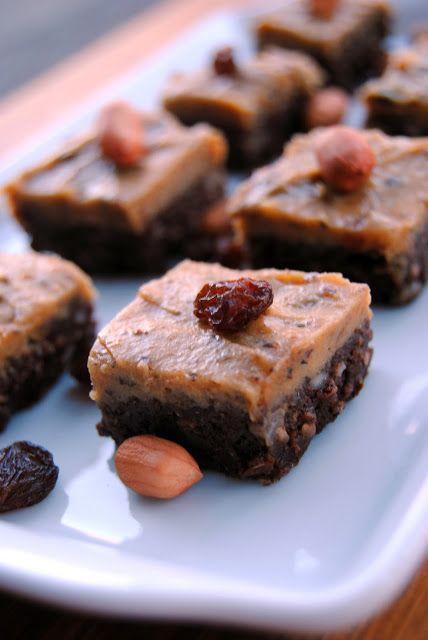 Terveen Hyvää: Sokeriton jouluinen karamelli-suklaakakku - pikkujoulujen pelastaja