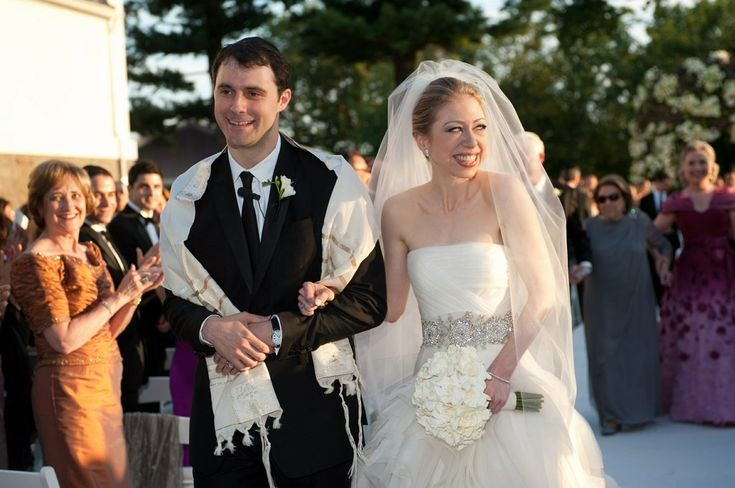 For her wedding, Chelsea Clinton was quiet, but her dress told a lot.