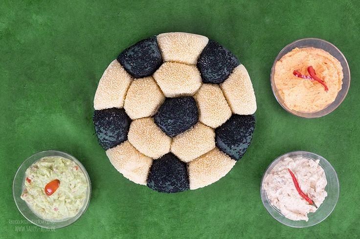 Sallys Blog - Fußball-Brot / EM-Brot / Brötchensonne