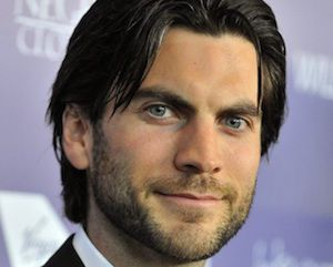 Print him a keycard and swipe his credit card for incidentals, because Wes Bentley definitely will be part of American Horror Story: Hotel. The actor appeared as the ghoulish Edward Mondrake last season of AHS.