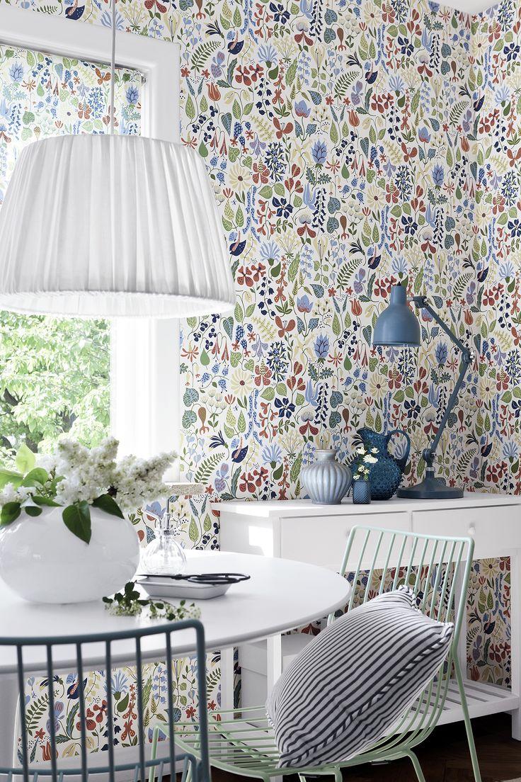 Boråstapeter, Scandinavian Designers -mallisto, malli 2743, kaksi värivaihtoehtoa. Värisilmä, http://kauppa.varisilma.fi/seinanpaallysteet/nonwoven-tapetit/scand_designers/ #tapetti #ruokailutila
