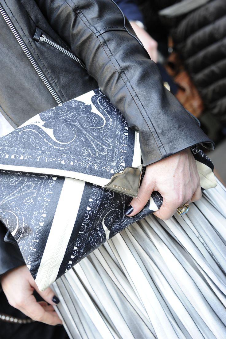 Etro Woman Autumn Winter 14-15 Fashion Show #streetstyle