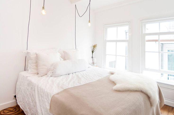 Regardez ce logement incroyable sur Airbnb : Romantic central apartment on canal - Appartements à louer à Amsterdam