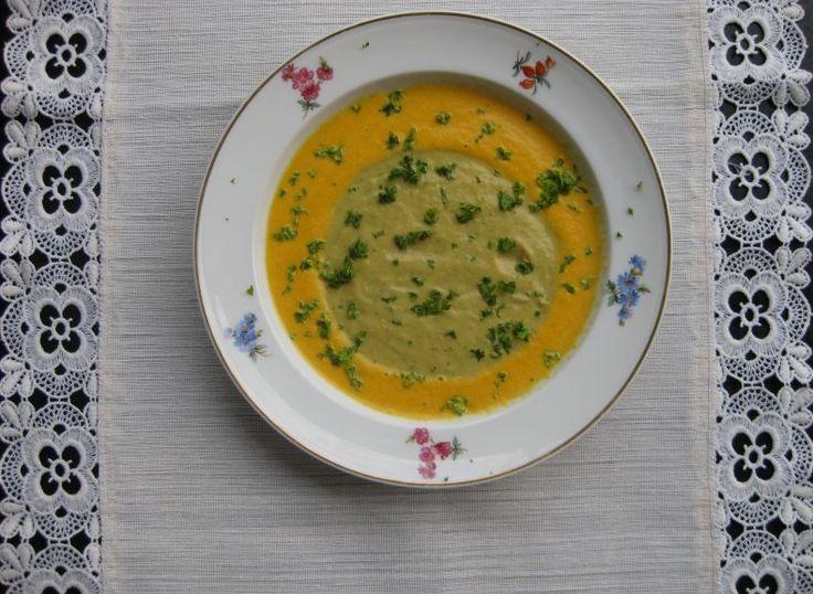 Kartoffel-Sellerie-Möhre Suppe ist ein Spitzengericht für kalte Tage. Herbst und…