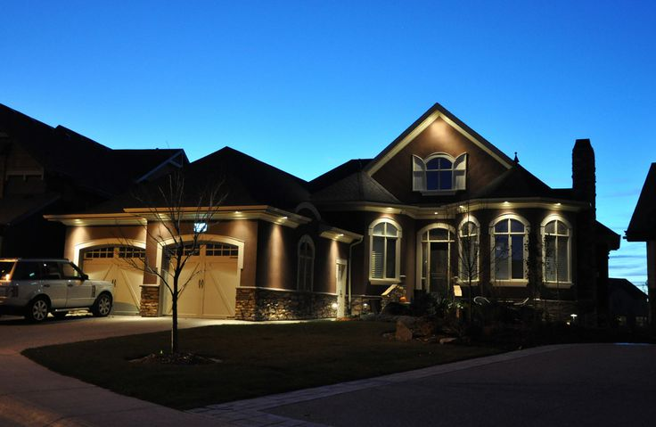 Twilight in the estates  www.cooperscrossing.ca  #coopersairdrie