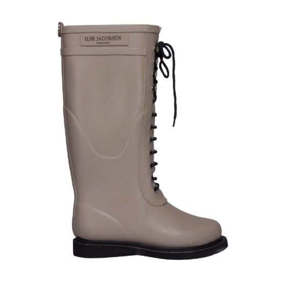 LONG RUBBERBOOT from Ilse Jacobsen. So many colors to choose from, so I went safe with grey. Did not regret it! For the really, really rainy days!