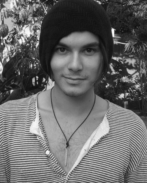 Tyler Blackburn. With a beanie. Dead. so adorable. ♥