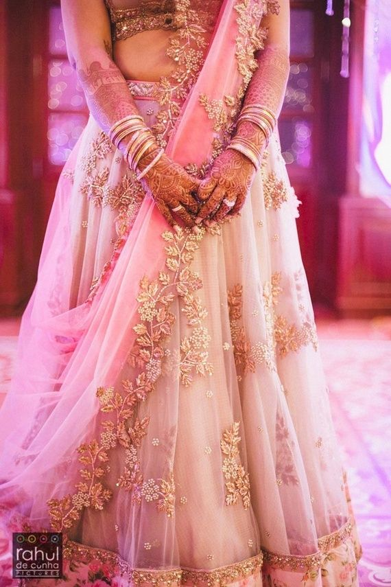 Aditi & Riday Wedding Photo - via WedMeGood