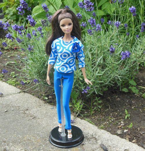 Elegantní outfit pro panenku Barbie