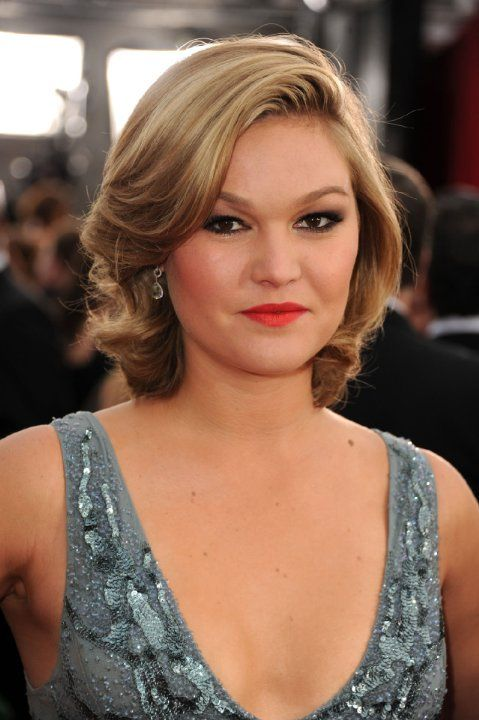 Julia Stiles photos, including production stills, premiere photos and other event photos, publicity photos, behind-the-scenes, and more.