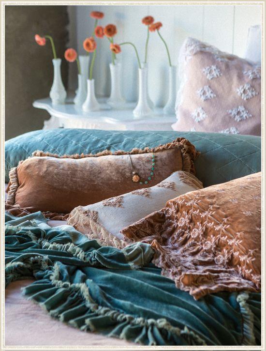 Bella Notte Romantic Bedding from @LaylaGrayce #laylagrayce #blog #bellanotte