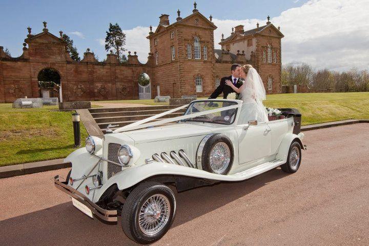 The Beauford wedding car for hire http://www.goldchoiceweddingcars.co.uk/