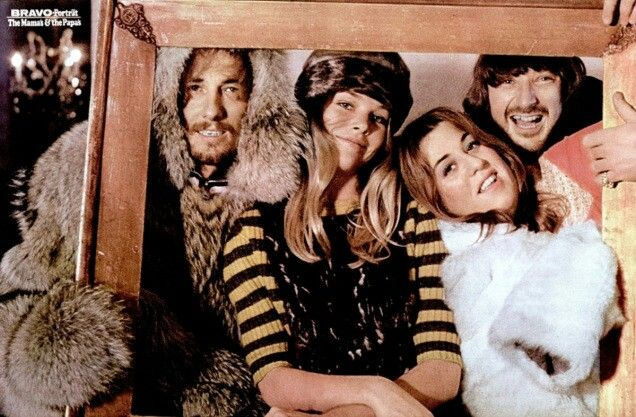"""THE MAMAS & PAPAS - 1967 Bravo Magazine pinup (DE). MICHELLE PHILLIPS returned & they lasted till 1970  before JOHN PHILLIPS split the band. Soon after he """"produced"""" the genius JAMME s/t debut lp w/guys from BRITISH WALKERS & CHURCHHILL DOWNS he met in M&P sessions. JAMME fits perfectly w/ label mate EMITT RHODES. Then JP's Soft Psych """"Canyon"""" Country epic """"THE WOLF KING OF LA"""" Rich Hippie Creep vibe classic! After the failed """"Vegas Cabaret""""  CASS ELLIOT did HR PUFNSTUFF, Hollywood Squares!"""